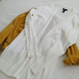 ||GAP|| white cardigan